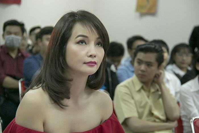 Mai Thu Huyền: Tôi tự tin mình là người làm nghề tử tế