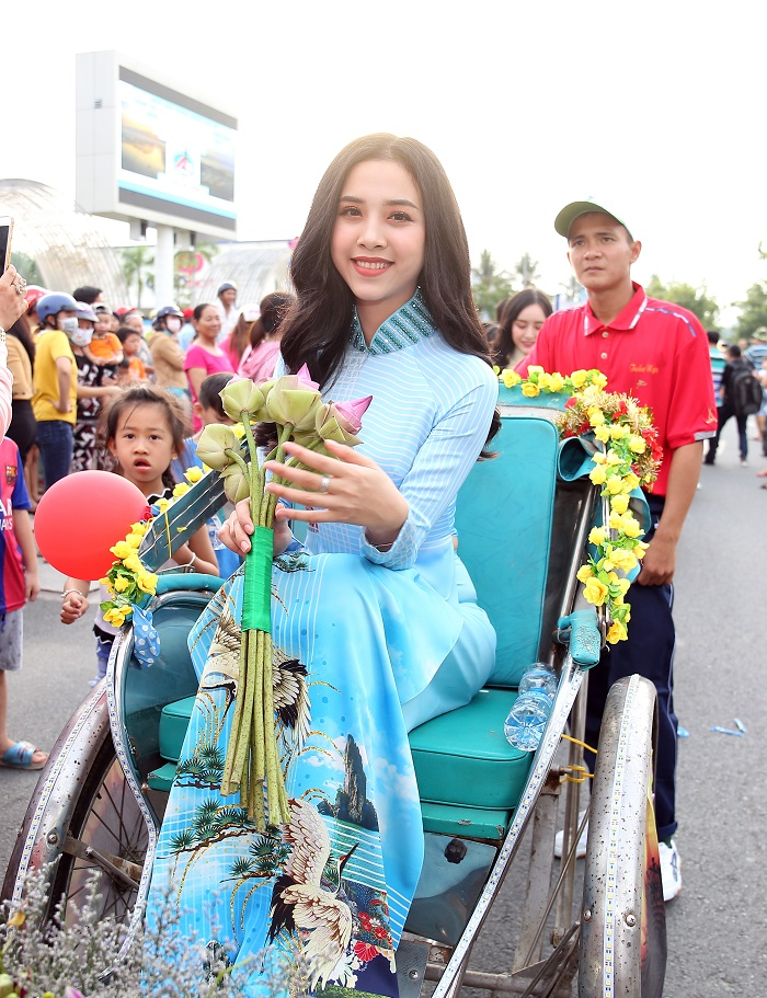 A hau Thuy An_Anh Ngoc Duong Thanh Nien 11