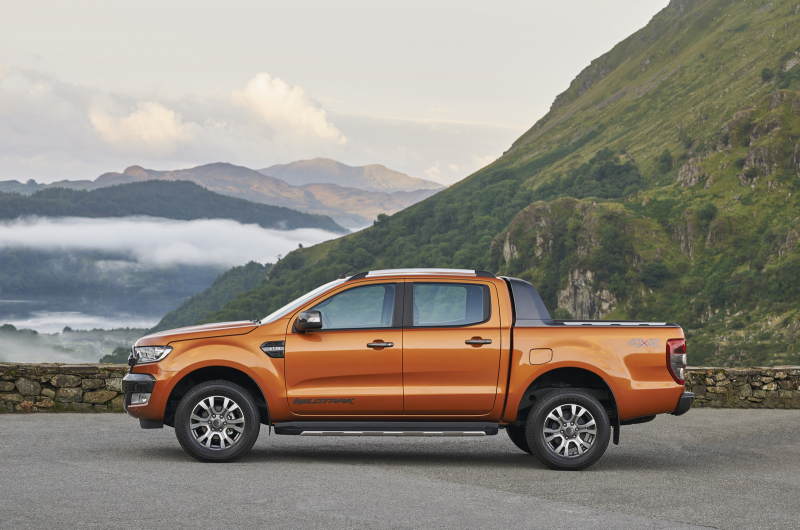 Ford-Ranger-Wildtrack-2015-1