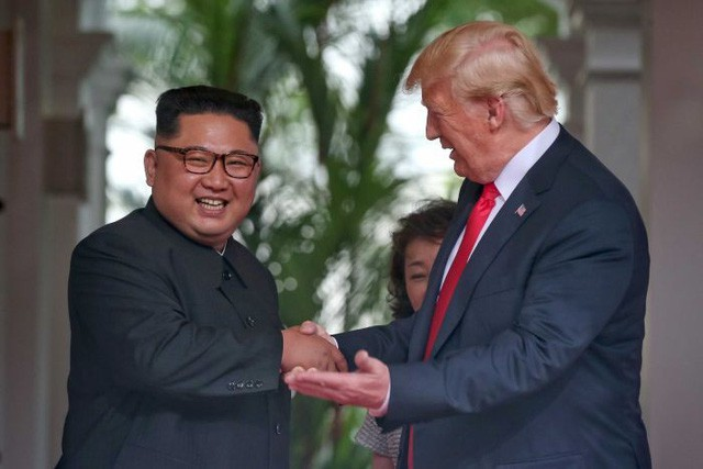 Trump Kim 1