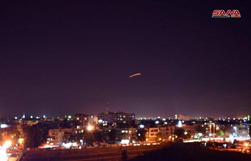 Israel di bom san bay quoc te Damascus.