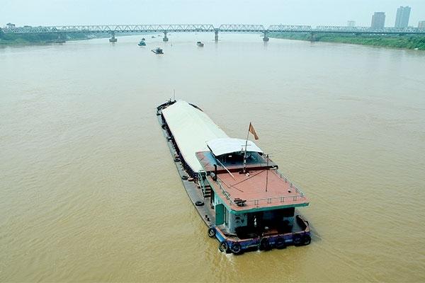 Cảnh báo tàu, thuyền khi lưu thông qua các cầu đang xây dựng