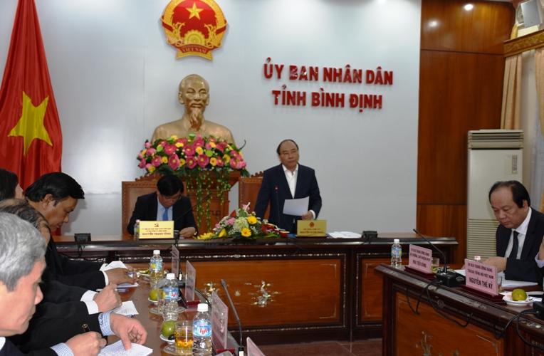 Thu-tuonh-lam-viec-binh-din-3