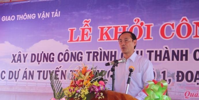 Thu- truong- Le- Dinh- Tho- phat- lenh- khoi- cong