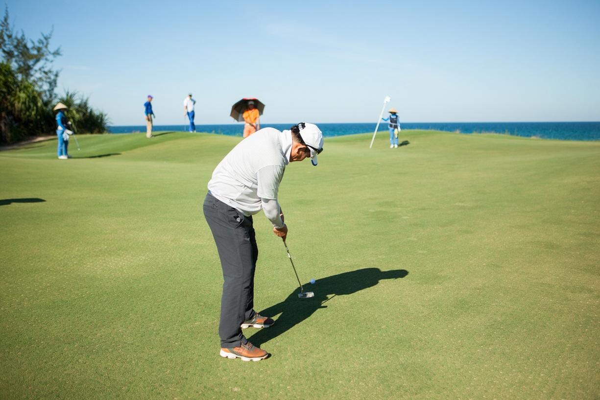 Vòng chung kết có sự tham gia của 35 golfer không