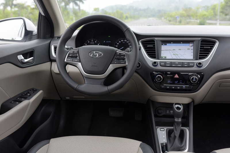 Hyundai Accent 2018 - 42 copy (1)