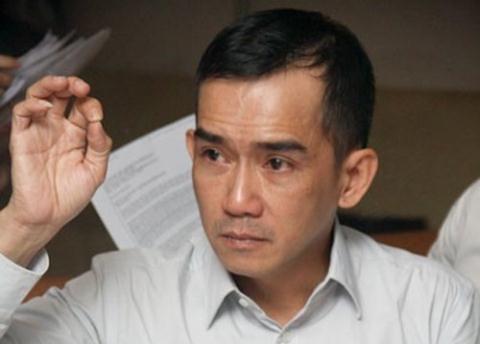 """... ca sĩ Minh Thuận, """"ông hoàng nhạc Việt"""" như không cầm nổi lòng mình  liên tục lặp lại điệp khúc khiến nhiều người xúc động: """"Thương Anh! Thương  Anh!"""" tới ..."""