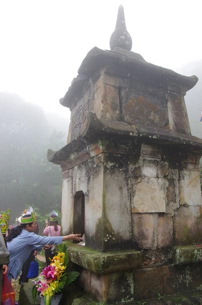 Phật Hoàng tháp, nơi lưu giữ một phần xá lị của Ph