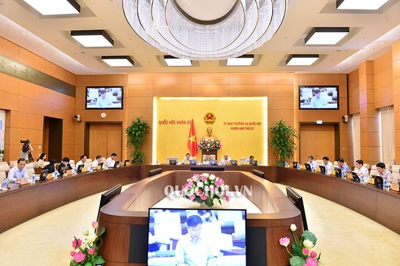 Phiên họp uỷ ban TVQH sáng 13.9