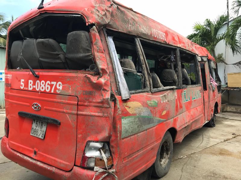 Tạm giữ hình sự tài xế xe khách gây tai nạn trên QL91