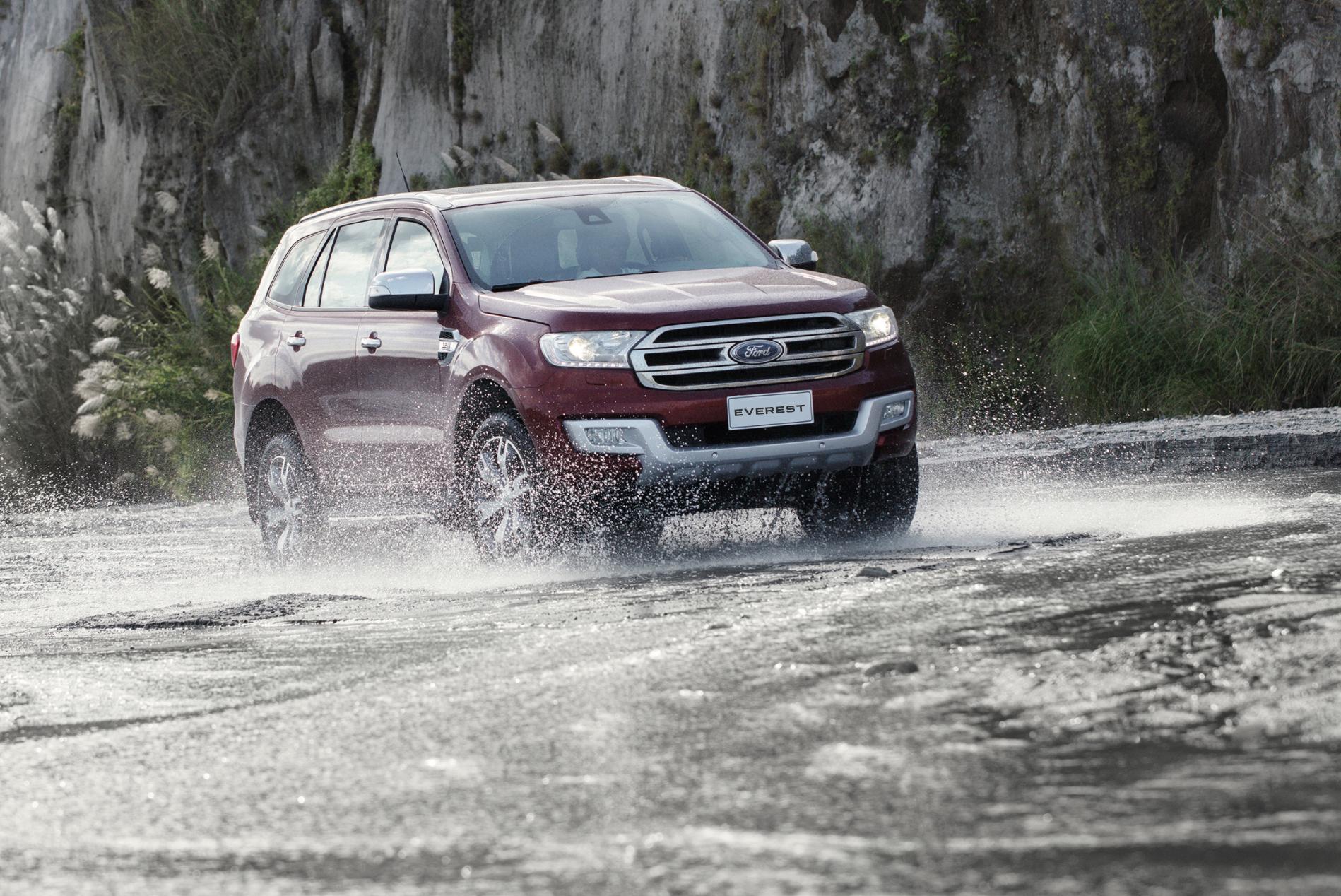 Ford Everest Splash.