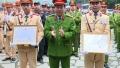 CSGT truy bắt nhóm thanh niên đầu trần ở Tràng An được khen thưởng