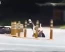 Video: Xe mất lái, cô gái tiếp đất như diễn viên xiếc