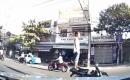 Bắt đối tượng chạy xe máy bằng chân tại Đà Nẵng