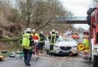 Bão mạnh vào châu Âu, 10 người chết và giao thông gián đoạn