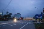 Đường tránh TP Hà Tĩnh tối om vì không ai trả tiền điện