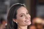 Hậu li hôn, Angelina Jolie tổn thương nặng nề, khóc đến liệt cơ mặt