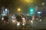 Dàn cảnh va chạm giao thông, táo tợn cướp đồ giữa phố Hà Nội