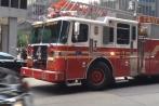 Video: Cách xe cứu hỏa đi ngược chiều khi làm nhiệm vụ ở Mỹ