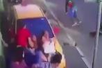 Taxi cán hàng loạt người đi bộ, tài xế bỏ chạy thục mạng
