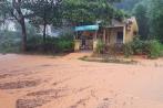 Huế: Mưa lớn, nhiều tuyến đường bị ngập, 1 người mất tích
