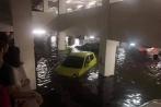 Đà Nẵng ngập lụt lịch sử, hàng loạt xế hộp tiền tỷ đuối nước