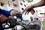 Chiều nay, giá xăng dầu bất ngờ giảm mạnh