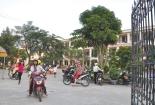 Đường giao thông nội bộ tại trường học bị lãng quên