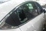 Liên tiếp các vụ xế hộp bị đập vỡ kính xe