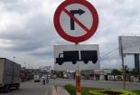 Đồng Nai: Lắp biển báo mới thay thế biển báo bị bôi xóa