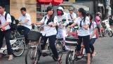 Học sinh lớp 8 có được đi xe đạp điện?