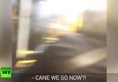 Video: Nhóm thanh niên đốt pháo ném vào xe buýt, hành khách thất kinh