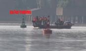 Video: Toàn cảnh trục vớt quả bom khủng dưới chân cầu Long Biên