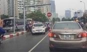 CSGT mời hai tài xế taxi VIC đi ngược chiều lên làm việc