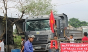 Người dân Biên Hòa lại rào đường chặn xe vào mỏ đá Tân Cang