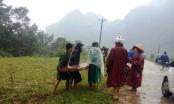 Phó hạt trưởng Kiểm lâm mắc kẹt trong rừng do mưa lũ ở Huế