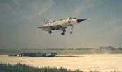 Video: Chiến cơ Dassault Mirage IIIV Balzac cất cánh thắng đứng của Pháp