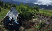 Khánh Hòa: Tàu SE8 tông văng xe tải, 3 người thương vong