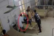 Bác sĩ bị bệnh nhân vô cớ đạp vào bụng ở Bắc Giang