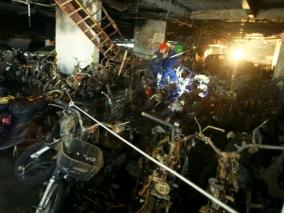 Ảnh: Hàng trăm xe máy cháy trơ khung dưới hầm chung cư Carina