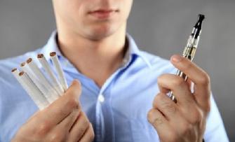 Sự khác nhau giữa thuốc lá truyền thống và điện tử?