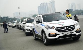 Hàng trăm xe SantaFe diễu hành trên phố mừng sinh nhật