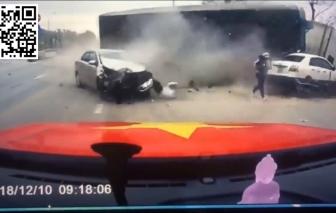 Video: Sáng sớm, thần chết ngủ quên trước cổng viện Sản nhi Quảng Ninh