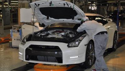 Nissan khôi phục nhà máy sau bê bối kiểm duyệt sản phẩm