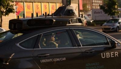 Toyota rót 500 triệu USD cho Uber để phát triển xe tự lái