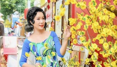 Á hậu Trịnh Kim Chi đón Tết với áo dài