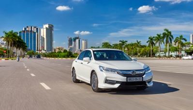 Honda Việt Nam đột ngột giảm giá CR-V và Accord