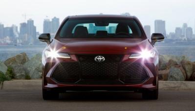 Toyota chính thức giới thiệu Avalon 2019, giá gần 1 tỷ đồng