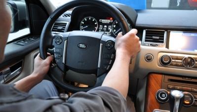 Cẩn trọng với dịch bệnh khi thuê ôtô tự lái