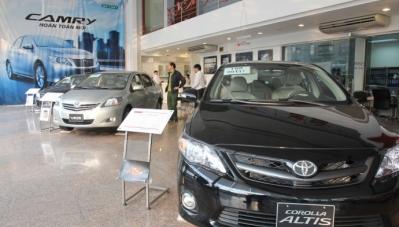 Gặp tháng Cô hồn, thị trường ô tô Việt lao dốc